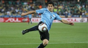 Luis Suarez now in doubt for World Cup after arthroscopic knee surgery