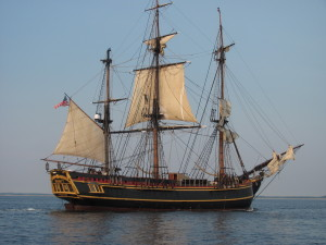 Bounty_under_sail_side_Scott_Maguire (1)
